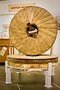 A quartz millstone