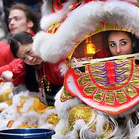 Nederland, Amsterdam , 1 februari 2014.<br /> De Drakendans onderdeel van het Chinees Nieuwjaar feest rond de Nieuwmarkt buurt. <br /> The Dragon Dance, part of the Chinese New Year celebration around the Nieuwmarkt area of Amsterdam (Chinatown)