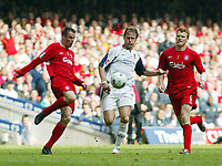 Photo: Chris Ratcliffe.<br />Liverpool v West Ham United. The FA Cup Final. 13/05/2006.<br />Teddy Sheringham of West Ham tussles with Jamie Carragher (L) and John Arne Riise of Liverpool.