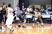 DESCRIZIONE : Paladesio Eurolega 2013-14 EA7 Emporio Armani Milano-Brose Baskets Bamberg<br /> GIOCATORE : David Moss<br /> SQUADRA :  EA7 Emporio Armani Milano<br /> CATEGORIA : Palleggio<br /> EVENTO : Eurolega 2013-2014<br /> GARA :  EA7 Emporio Armani Milano-Brose Baskets Bamberg<br /> DATA : 13/12/2013<br /> SPORT : Pallacanestro<br /> AUTORE : Agenzia Ciamillo-Castoria/I.Mancini<br /> Galleria : Eurolega 2013-2014<br /> Fotonotizia : Milano Eurolega Eurolegue 2013-14  EA7 Emporio Armani Milano Brose Baskets Bamberg<br /> Predefinita :