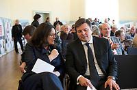DEU, Deutschland, Germany, Berlin, 08.04.2013:<br />SPD-Generalsekretärin Andrea Nahles (L) und der Bezirksbürgermeister von Berlin-Lichtenberg Andreas Geisel (R) (SPD) bei der Eröffnung einer Ausstellung zum 150. Jubiläum der SPD im Rathaus Lichtenberg.