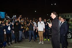 March 29, 2018 - Los Angeles, CA, USA - 180329 Zlatan Ibrahimovic, spelare i MLS-laget LA Galaxy, hÅlsar pÅ' fans nÅr han anlÅnt till Los Angeles International Airport (LAX) den 29 mars 2018 i Los Angeles  (Credit Image: © Joel Marklund/Bildbyran via ZUMA Press)