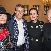 NLD/Heemstede/20151116 - Boekpresentatie De Zin van het Leven,Vivian Boelen, Emile Ratelband, Ans Markus en Joos Ockels - Swaving