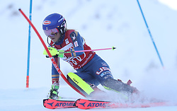 28.01.2018, Lenzerheide, SUI, FIS Weltcup Ski Alpin, Lenzerheide, Slalom, Damen, 1. Lauf, im Bild Mikaela Shiffrin (USA) // Mikaela Shiffrin of the USA in action during her 1st run of ladie's Slalom of FIS ski alpine world cup in Lenzerheide, Austria on 2018/01/28. EXPA Pictures © 2018, PhotoCredit: EXPA/ Sammy Minkoff<br /> <br /> *****ATTENTION - OUT of GER*****