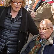 NLD/Amsterdam/20160515 - Nationaal Holocaust museum opent met schilderijen Jeroen Krabbé, Ed van Thijn en partner Odette Taminau