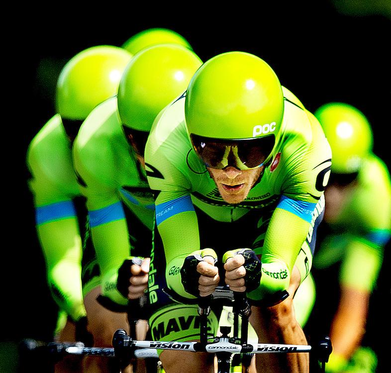 Frankrijk, Monterblanc, 12-07-2015.<br /> Wielrennen, Tour de France.<br /> Etappe van Vannes naar Plumelec. Ploegentijdrit.<br /> De ploeg van Cannondale-Garmin.<br /> Foto: Klaas Jan van der Weij