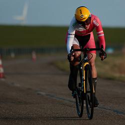 11-03-2021: Wielrennen: Healthy Ageing Tour: Lauwersoog