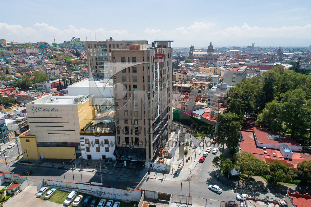Toluca, México.- Aspectos del desarrollo habitacional y comercial denominado Paseo Molino (imagenes aereas tomadas con drone). Agencia MVT / Mario Vázquez de la Torre.