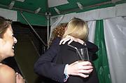 REBEKAH  WADE, ELIZABETH MURDOCH, Yoo party. Hall Rd. London NW8. 28 September 2000. © Copyright Photograph by Dafydd Jones 66 Stockwell Park Rd. London SW9 0DA Tel 020 7733 0108 www.dafjones.com