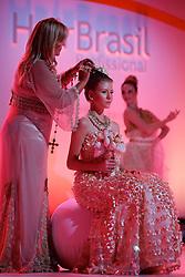 Show Joico - Noivas pelo Mundo durante a Hair Brasil 2013 - 12 ª Feira Internacional de Beleza, Cabelos e Estética, que acontece de 06 a 09 de abril no Expocenter Norte, em São Paulo. FOTO: Jefferson Bernardes/Preview.com