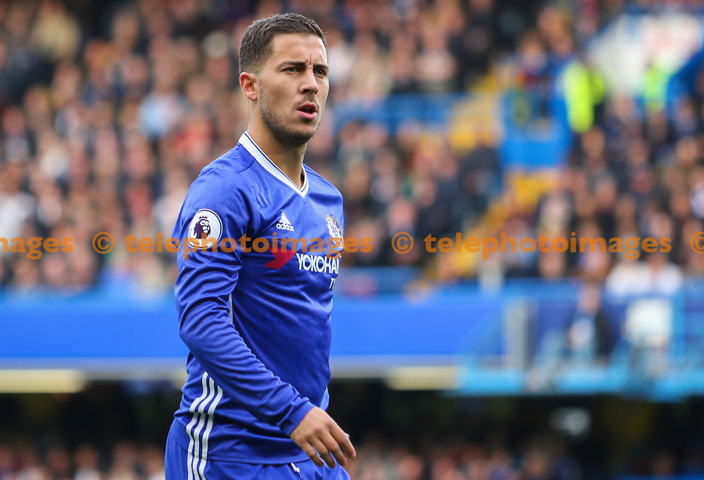 Eden Hazard of Chelsea during the Premier League match between Chelsea and Manchester United at Stamford Bridge in London. October 23, 2016.<br /> Arron Gent / Telephoto Images<br /> +44 7967 642437