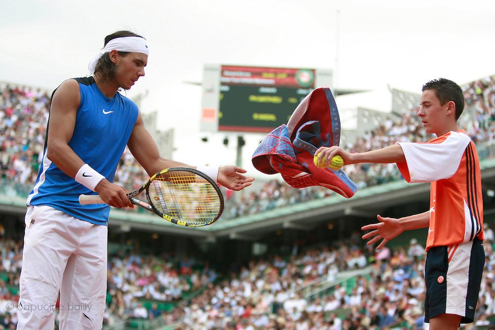 Roland Garros. Paris, France. June 3rd 2006..Rafael Nadal against Paul-Henri Mathieu.