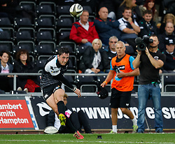 Sam Davies of Ospreys converts<br /> <br /> Photographer Simon King/Replay Images<br /> <br /> Guinness PRO14 Round 2 - Ospreys v Cheetahs - Saturday 8th September 2018 - Liberty Stadium - Swansea<br /> <br /> World Copyright © Replay Images . All rights reserved. info@replayimages.co.uk - http://replayimages.co.uk