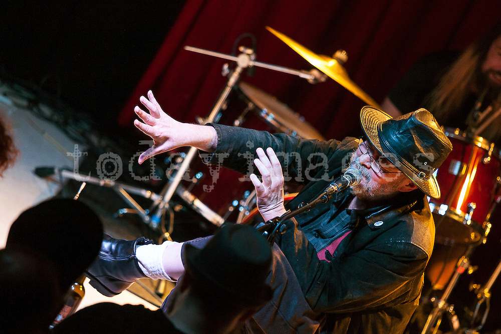 Pere Ubu performing  at the  Sol  Club in Madrid