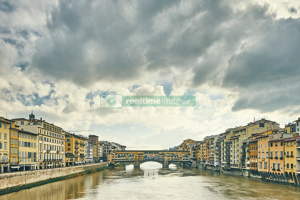 January 15, 2016 - ''View of Arno river and Ponte Vecchio, Florence, Italy' (Credit Image: © Gu/Bildbyran via ZUMA Press)