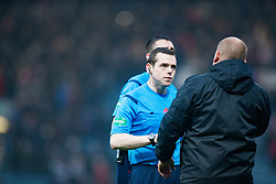 Dundee United's manager Mixu Paatelainen at the refs at the end. <br /> Dundee 2 v 1  Dundee United, SPFL Ladbrokes Premiership game played 2/1/2016 at Dens Park.