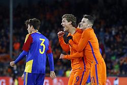 (L-R), Francisco Pomares of Jong Andorra, Sam Lammers of Jong Oranje, Oussama Idrissi of Jong Oranje during the EURO U21 2017 qualifying match between Netherlands U21 and Andorra U21 at the Vijverberg stadium on November 10, 2017 in Doetinchem, The Netherlands