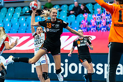 Kelly Dulfer of Netherlands in action during the Women's EHF Euro 2020 match between Netherlands and Hungry at Sydbank Arena on december 08, 2020 in Kolding, Denmark (Photo by RHF Agency/Ronald Hoogendoorn)