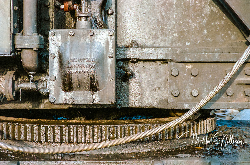 Details on a shunting yard with obsolete steamlocomotives. Old photos from 1983 of the machinery.