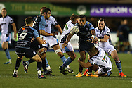 Rey Lee Lo of Cardiff Blues passes the ball to teammate Lloyd Williams (9) as Pat MacArthur of Glasgow Warriors tackles. Guinness Pro12 rugby match, Cardiff Blues v Glasgow Warriors Rugby at the Cardiff Arms Park in Cardiff, South Wales on Friday 16th September 2016.<br /> pic by Andrew Orchard, Andrew Orchard sports photography.