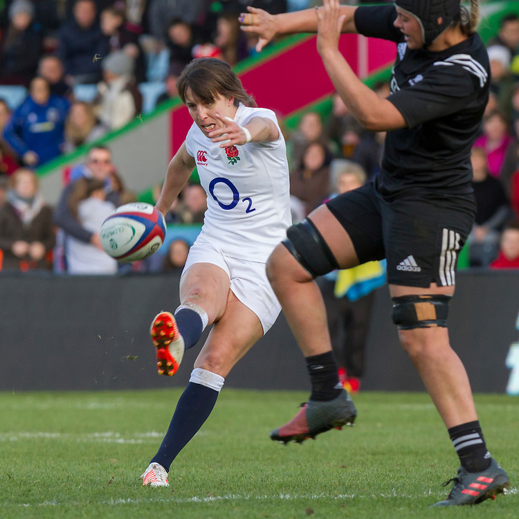 Katy Mclean in action, England Women v New Zealand Women in an Old Mutual Wealth Series, Autumn International match at Twickenham Stoop, Twickenham, England, on 19th November 2016. Full Time score 20-25