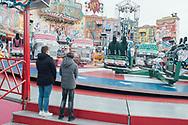 06.10.2019 Magdeburg, Max Wille Platz, Herbst-Messe.<br /> <br /> Es sind Herbst-Ferien in Sachsen-Anhalt und zeitgleich ist die Herbst-Messe, da kann man schon mal in die Luft gehen auf die ein oder andere Weise.<br /> <br /> © Harald Krieg