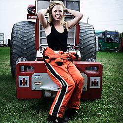 BOUCONVILLE, FRANCE. AUGUST 21, 2011. Manon Kools, Team Interaction, NL. Tractor Pulling: Eurocup 2011. Photo: Antoine Doyen