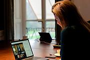 DEN HAAG, 30-11-2020, Paleis Huis ten Bosh <br /> <br /> Koningin Máxima spreekt in haar VN-functie online vanuit paleis Huis ten Bosch met aankomend G20-voorzitter Italië over inclusieve financiering. Zij praat met premier Giuseppe Conte, gouverneur Ignazio Visco van de Banca d'Italia en deskundigen over goede toegang tot financiële diensten op de G20 agenda. (Italië is vanaf 1 december G20-voorzitter).
