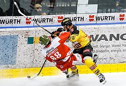 17.03.2017, Eiswelle, Bozen, ITA, EBEL, HCB Suedtirol Alperia vs UPC Vienna Capitals, Playoff, Halbfinale, 2. Spiel, im Bild Michele Marchetti (HCB Suedtirol), Tyler Cuma (Vienna Capitals) // during the Erste Bank Icehockey League, playoff semifinal 2nd match between HCB Suedtirol Alperia and UPC Vienna Capitals at the Eiswelle in Bozen, Italy on 2017/03/17. EXPA Pictures © 2017, PhotoCredit: EXPA/ Johann Groder
