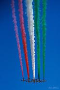 Frecce Tricolore Cagliari 2020 sorvolano il Caesar's Hotel
