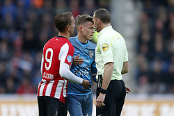 (L-R), Luuk de Jong of PSV, Dario van den Buijs of Heracles Almelo, Referee Ed Janssen during the Dutch Eredivisie match between PSV Eindhoven and Heracles Almelo at the Phillips stadium on October 22, 2017 in Eindhoven, The Netherlands