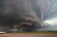 Tornadic supercell just east of Kearney, Nebraska, May 29, 2008.  Shot from exit of interstate 80.