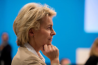 09 DEC 2014, KOELN/GERMANY:<br /> Ursula von der Leyen, CDU, Bundesverteidigungsministerin, wartet in den Reihen der Delegierten auf ihren Redeeinsatz, CDU Bundesparteitag, Messe Koeln<br /> IMAGE: 20141209-01-112<br /> KEYWORDS: Party Congress
