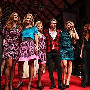 NLD/Amsterdam/20120910 - Modeshow Raak 2012 / 2013 Amsterdam, Kim Feenstra, Quinty Trustfull - van den Broek, Froukje de Both, Gigi Ravelli, Jos Raak en Lieke van Lexmond, Rochelle Perts