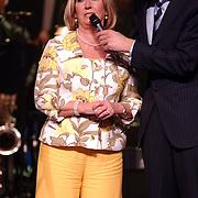 Radio 2 Gala vh Nederlandse Lied 2005,  Willike Alberti, huilend