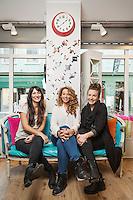 Isa Karakeva Mponou, Jessica Svensson och Frida Ahlrot på Studio Femton i Helsingborg.