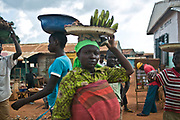 Street vendors in a market area near Bossemptele.