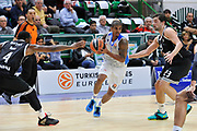 DESCRIZIONE : Eurolega Euroleague 2014/15 Gir.A Dinamo Banco di Sardegna Sassari - Real Madrid<br /> GIOCATORE : Edgar Sosa<br /> CATEGORIA : Penetrazione<br /> SQUADRA : Dinamo Banco di Sardegna Sassari<br /> EVENTO : Eurolega Euroleague 2014/2015<br /> GARA : Dinamo Banco di Sardegna Sassari - Real Madrid<br /> DATA : 12/12/2014<br /> SPORT : Pallacanestro <br /> AUTORE : Agenzia Ciamillo-Castoria / Luigi Canu<br /> Galleria : Eurolega Euroleague 2014/2015<br /> Fotonotizia : Eurolega Euroleague 2014/15 Gir.A Dinamo Banco di Sardegna Sassari - Real Madrid<br /> Predefinita :