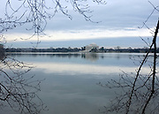 © Licensed to London News Pictures. 01/01/2013. Washington DC, USA . The Jefferson Memorial.  Photo credit : Stephen Simpson/LNP