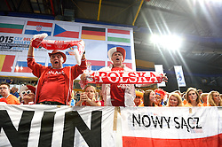 28-09-2015 NED: Volleyball European Championship Polen - Slovenie, Apeldoorn<br /> Polen wint met 3-0 van Slovenie / Pools support, publiek<br /> Photo by Ronald Hoogendoorn / Sportida