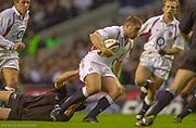 Twickenham. Surrey. UK England vs New Zealand, Autumn Internationals.<br /> <br /> 09/11/2002<br /> International Rugby England vs New Zealand<br /> Ben COHEN.<br /> <br /> [Mandatory Credit: Peter SPURRIER/Intersport Images]