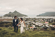wedding photographer on the coromandel and new zealand photography by felicity jean photography coromandel photographer summer beach weddings