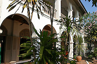 Villa Santi Hotel makes the most of its French Colonial architecture and the first comfortable hotel in Luang Praban - In order to make French colonists feel more at home and at the same time to reflect its vision of imperial grandeur, the French colonial government rebuilt  Laotian cities according to European specifications.