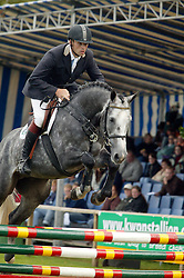 016-Vdl Casper De Robles-Van Tilburg Dennis<br /> KWPN Paardendagen 2005<br /> Photo © Hippo Foto