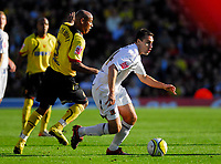 Photo: Leigh Quinnell.<br /> Watford v Hull City. Coca Cola Championship. 20/10/2007. Hulls  Richard Garcia gets away from Watfords Jordan Stewart.