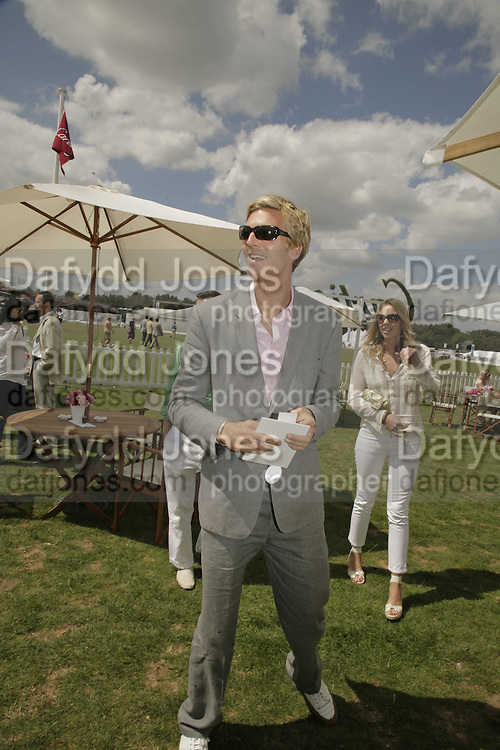 James Cook, Cartier International Polo. Guards Polo Club. Windsor Great Park. 30 July 2006. ONE TIME USE ONLY - DO NOT ARCHIVE  © Copyright Photograph by Dafydd Jones 66 Stockwell Park Rd. London SW9 0DA Tel 020 7733 0108 www.dafjones.com