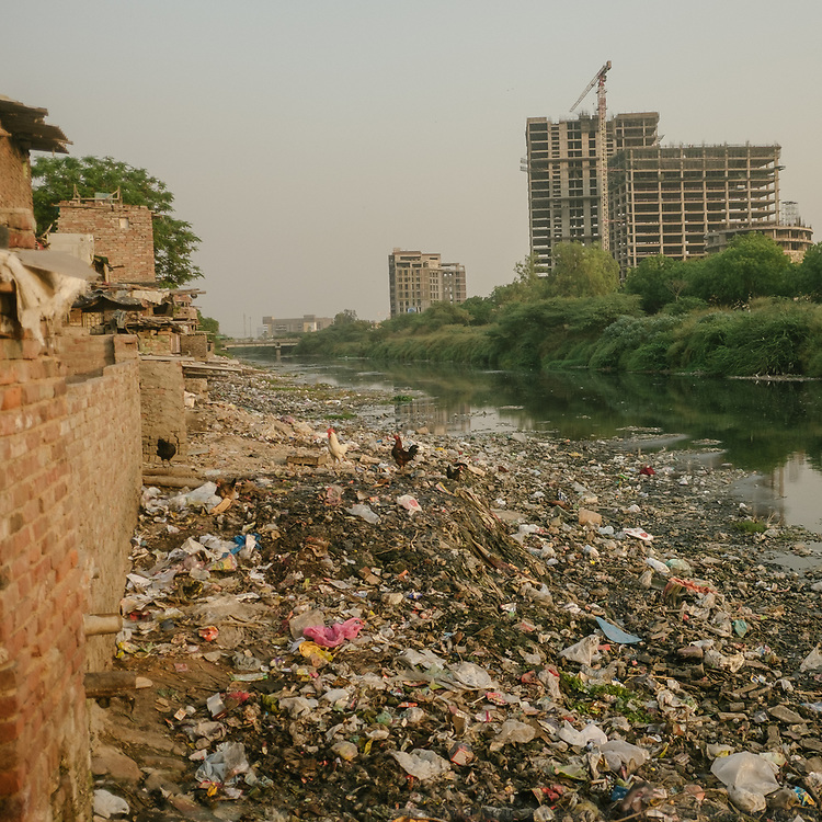 The area along the Shahadra open sewer is so polluted that it is inhabited by people who can't afford housing in other parts of delhi. Life in GG Colony, in sector 16 in Noida.