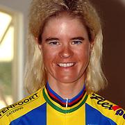 NLD/Oosterbeek/20060321 - Presentatie nieuwe dames wielerploeg Buitenpoort - Flexpoint Team, Susanne Ljungskog