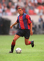 Philip Cocu - Barcelona. Barcelona v Lazio. The Amsterdam Tournament. Amsterdam Arena, 5/8/2000. Credit: Colorsport / Stuart MacFarlane.