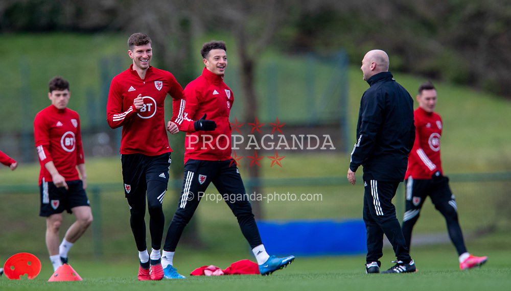 CARDIFF, WALES - Monday, March 29, 2021: Wales' Chris Mepham (L) and Ethan Ampadu during a training session at the Vale Resort ahead of the FIFA World Cup Qatar 2022 Qualifying Group E game against the Czech Republic. (Pic by David Rawcliffe/Propaganda)